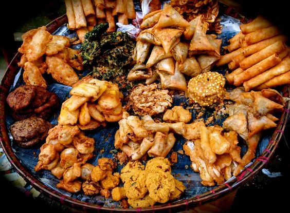 must-try-dish-in-myanmar-fried-food