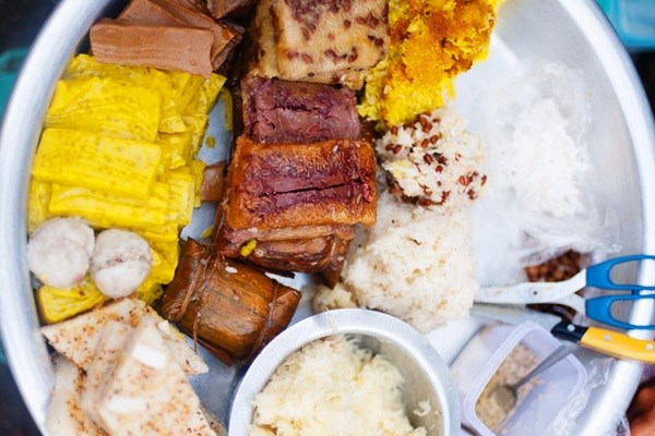 must-try-dish-in-myanmar-sweet-snack