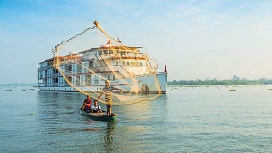 what-to-do-in-cambodia-cruise-on-mekong-river