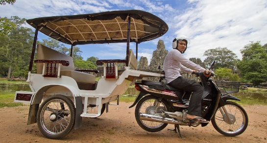 things-to-do-in-siem-reap-take-a-tuktuk-drive