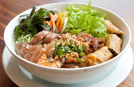 ho-chi-minh-food-grilled-pork-with-vermicelli