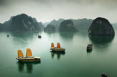 Ha Long Bay aboard a Traditional Sailing