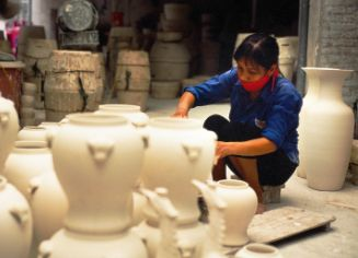 Bat Trang Pottery Village Biking Tour