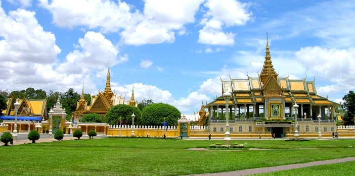 royal-place-phnom-penh