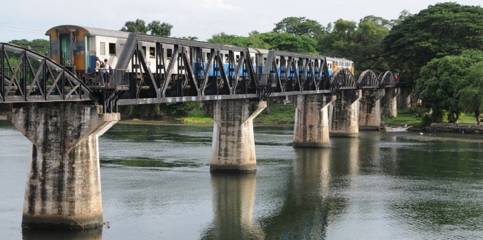 bridge-over-the-river-kwai-kanchanaburi-thailand