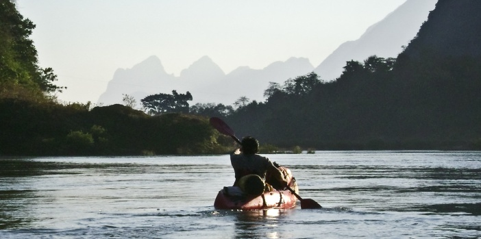 kayaking-nam-ou-river