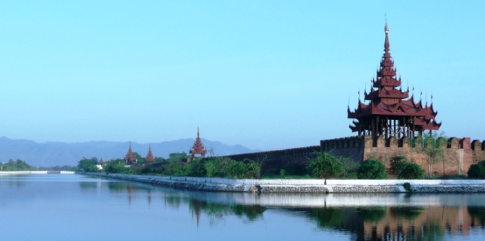 moat-of-royal-palace-mandalay