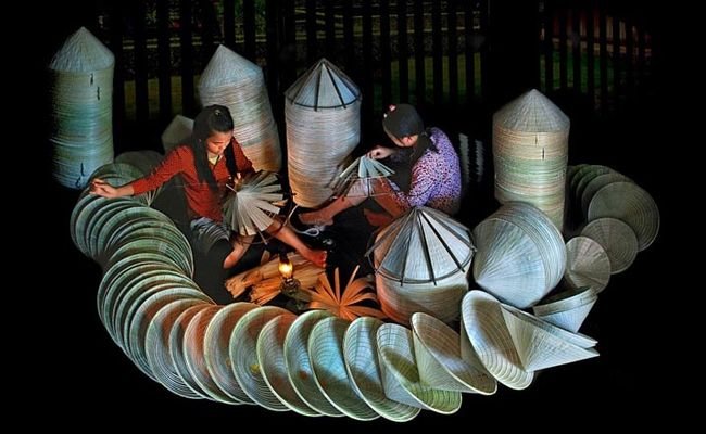 Conical-hat-making village – Tay Ho – Phu Vang conical hat village (Hue)