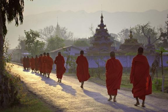 myanmar-vacations-travel-tips