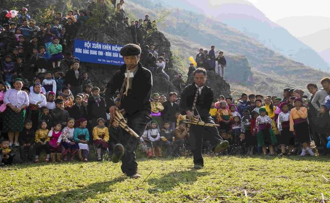 ethnic people ha giang vietnam